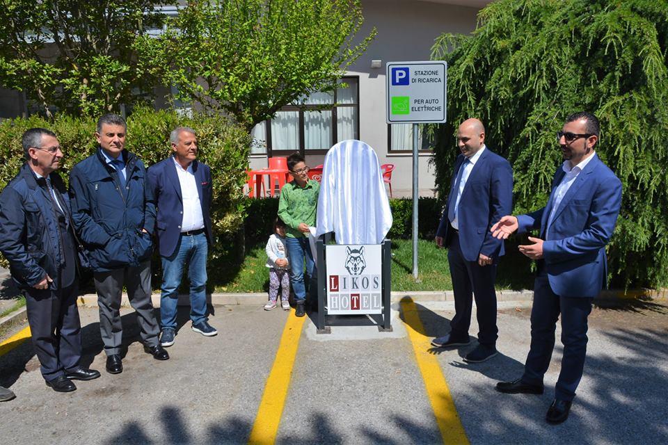 Photo of Inaugurata ieri in Val d'Agri la prima stazione di ricarica per auto elettriche – (FOTO)