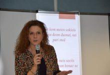 Photo of La Prof.ssa Del Puente lancia una petizione per salvare il Centro Internazionale di Dialettologia