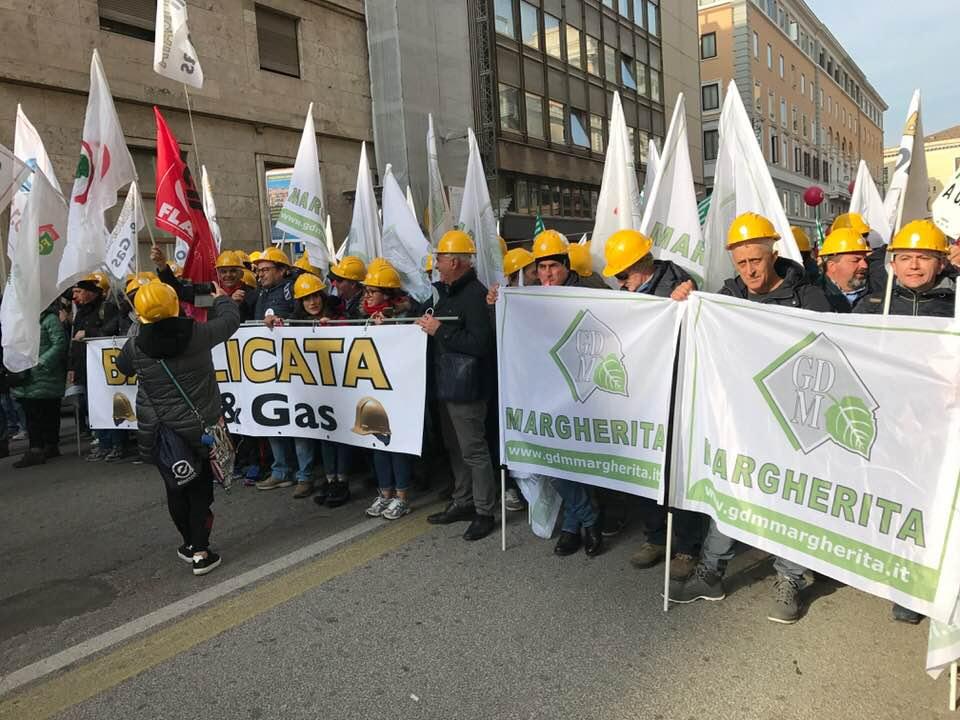 A Roma sindacati in piazza: