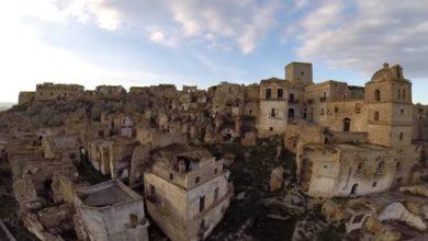 Photo of Craco, il paese abbandonato, in queste spettacolari immagini dall'alto (VIDEO)