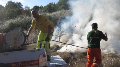 Photo of Galaino: 7 ore di operazioni per domare l'incendio. Decisivo l'intervento del Gruppo Lucano di Protezione Civile