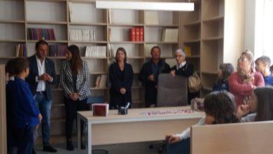 """Photo of Shell inaugura nuovo """"British Corner"""" nella biblioteca comunale di Marsicovetere"""