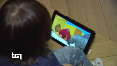 Photo of Allarme Cifosi da smartphone tra i bimbi, gli ortopedici denunciano un aumento critico della patologia