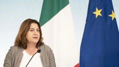 Photo of Bonus di 600 euro a Professionisti ed Autonomi casse: requisiti e domande