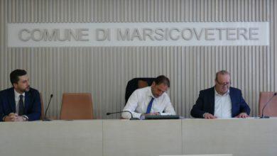 Photo of Il Comune di Marsicovetere sigla un accordo con la BCC – Banca Monte Pruno