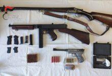 Photo of Deteneva illegalmente armi e munizioni nascoste in un deposito agricolo. Arrestato dai  Carabinieri